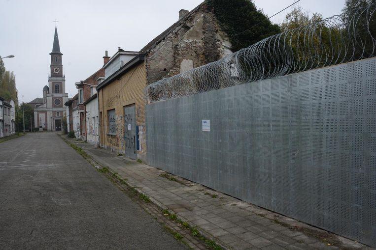 Het dorp telt vandaag nog twintig bewoners, die allen nog geloven in een toekomst voor Doel.
