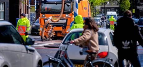 Druk Dordts kruispunt op de schop: nog even en auto's kunnen hier niet meer rechtdoor over de Singel