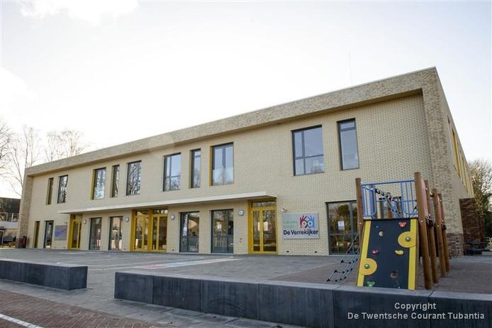Als enige basisschool in de gemeente Losser mag KBS De Verrekijker zich nu officieel 'Gezonde School' noemen.