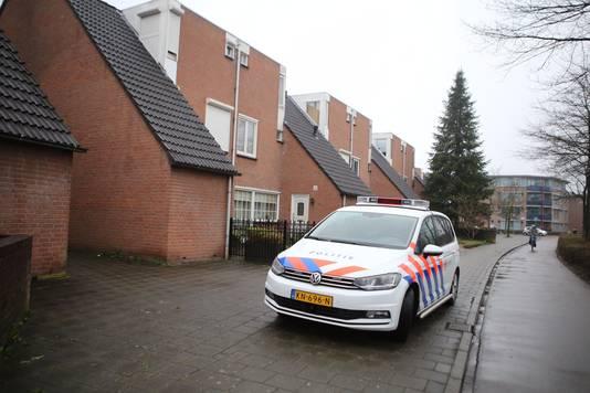 Het beschoten huis aan de Stapelen in Den Bosch.