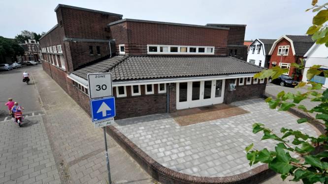 Hoogste bieder bibliotheek Vondelstraat in Hengelo haalt verkoopfinale niet: 'Een raadsel'