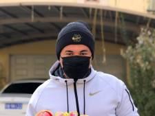 Haagse voetbaltrainer Jason naar huis wegens dreiging Coronavirus: 'Straten Beijing werden steeds leger'