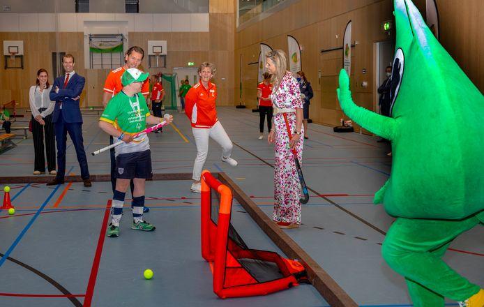 Koningin Maxima tijdens een werkbezoek aan de Special Olympics Nationale Spelen op de Sportcampus in Den Haag.