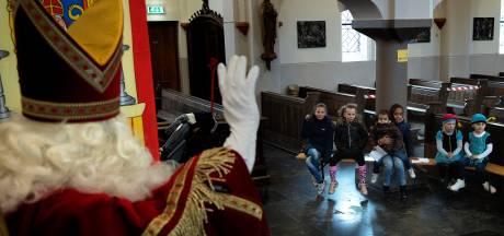 Reserveren om bij de Sint op bezoek te mogen in Achtse kerk