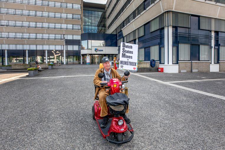 Het verouderde hoofdkantoor van DSM in Heerlen. De inwoners van Heerlen zien de verhuisplannen van het bedrijf als verraad.  Beeld ©raymond rutting photography