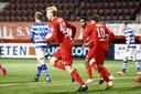 Invaller en debutant Casper Staring bracht FC Twente dinsdagavond met zijn goal terug in de wedstrijd.