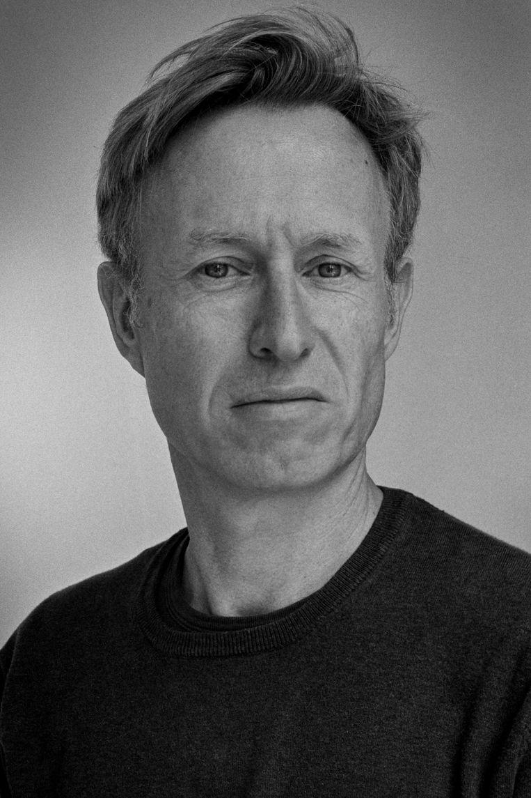 Zelfportret van schrijver Peter Terrin. Beeld Peter Terrin