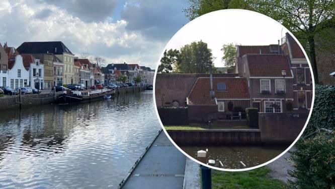 Verborgen parel: dit huis langs de Zwolse stadsgracht is groter dan je denkt en is te koop