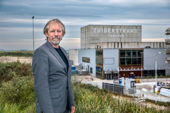 Directeur Jan Zoet van het Haagse Zuiderstrandtheater.