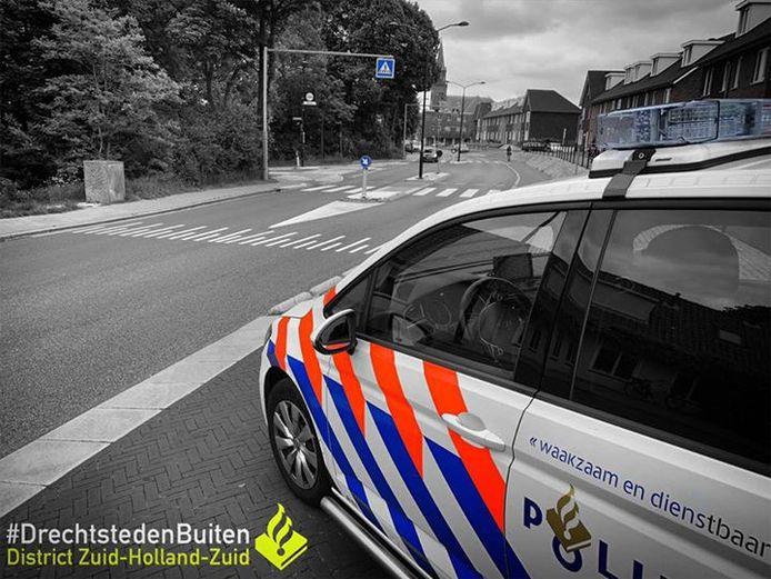 De mishandeling vond plaats op de Blokweerweg in Alblasserdam.