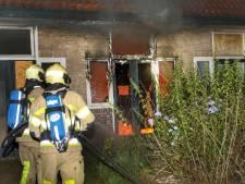 Brand in oud kraakpand op de Krakelingweg in Zeist