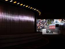 Hamilton snelste, zesde tijd voor Verstappen na waterlek