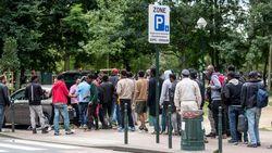 Tweehonderdtal personen betuigen aan Brussel-Noord steun aan de vluchtelingen