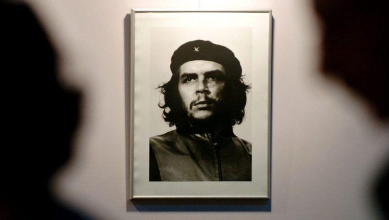 De foto die de Cubaan Korda van Guevara maakte en die Mercedes gebruikte. © epa Beeld