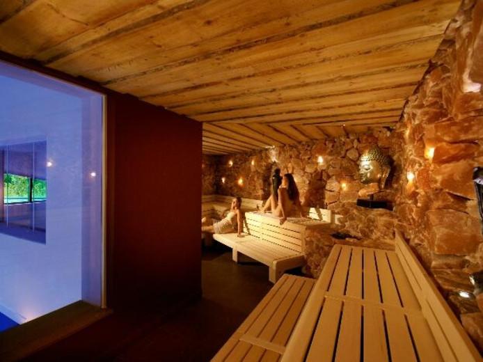 Sauna thermen tilburg breidt uit tilburg for Sauna waalwijk