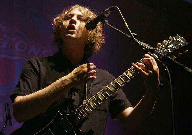 David McCabe en The Zutons tijdens een optreden in Camden, Engeland in 2006. Beeld FilmMagic