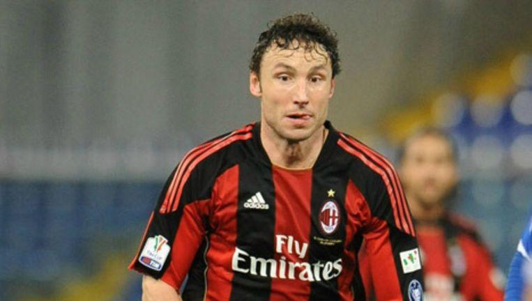 Mark van Bommel heeft zondag het trainingskamp van Oranje verlaten om terug te keren naar zijn club AC Milan. © epa Beeld