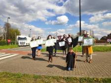 """Gentse deelgemeente vreest autostrade door dorpskern: """"Een vrachtwagen die van Rotterdam naar Parijs rijdt, zal voor onze deur passeren"""""""