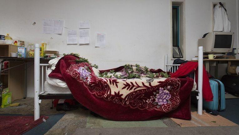 Het bed van Hamza, de overleden Somaliër Beeld Elmer van der Marel