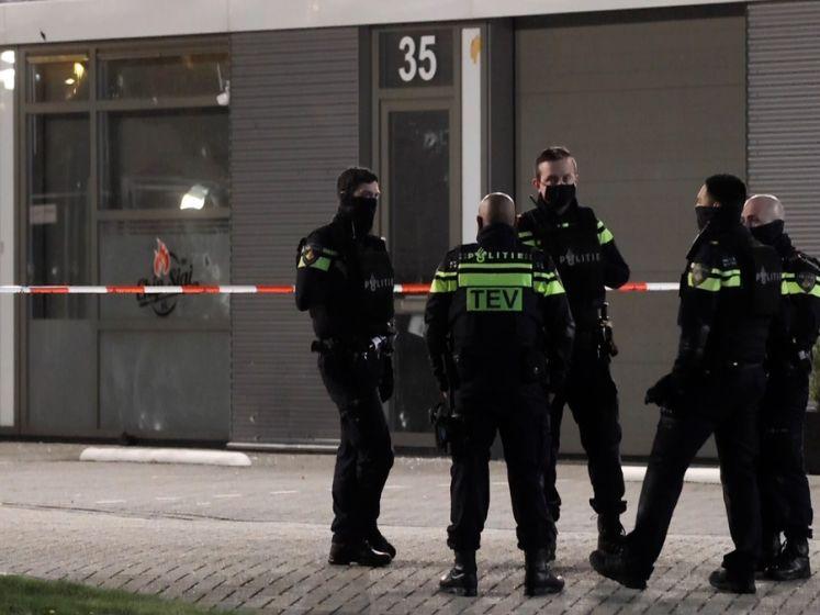Explosie en beschieting bij restaurant Den Haag