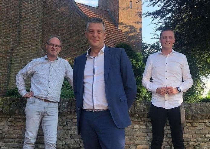 Maarten Hage (midden) is de nieuwe lijsttrekker voor het CDA in Kapelle. Ernest Franken (links) en Diederik van der Maas (rechts) zijn de nummers twee en drie op de lijst voor de gemeenteraadsverkiezingen in 2022