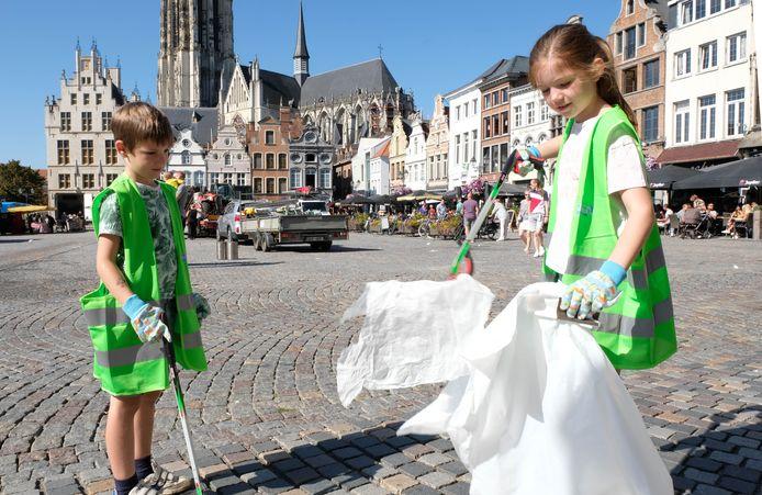 Bijna 900 vrijwilligers namen tien dagen geleden nog deel aan World Cleanup Day.