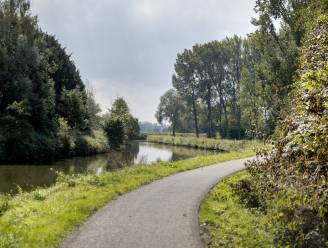 Beklim de Muur van Geraardsbergen of volg het spoor van de schiptrekkers: met de fiets dwars door de Denderstreek