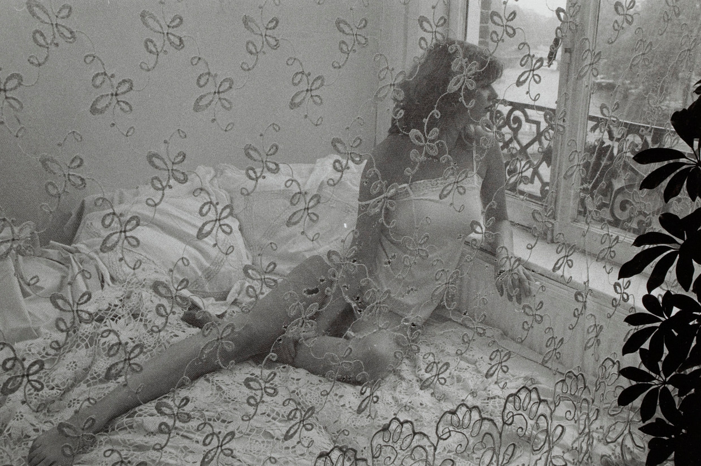 Beeld uit de zwart-wit film Dirty Picture van Pim de la Parra. Beeld EYE Film Instituut Nederland