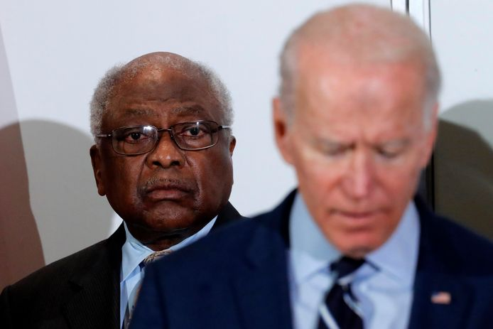 James E. Clyburn, hier achter Joe Biden.