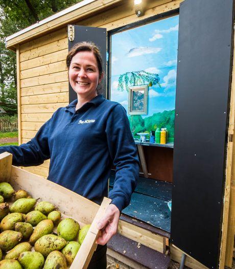 Te koop: Biologische noten, appels en peren van kinderboerderij 't Höfke in Oldenzaal