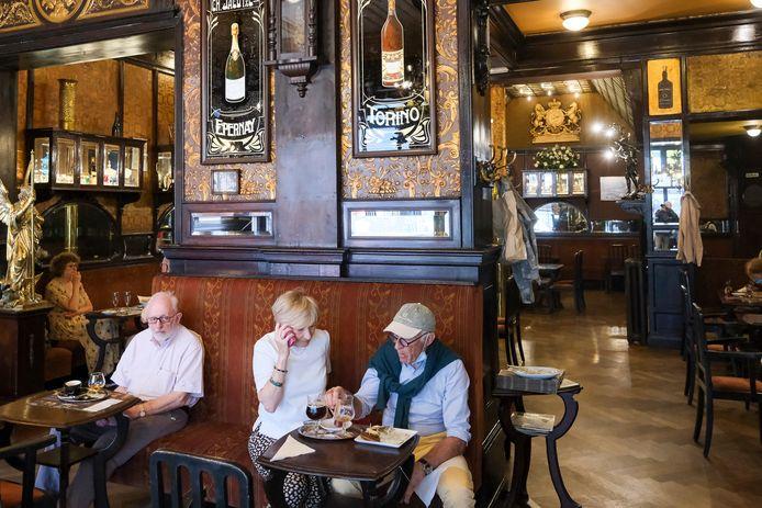 Le Cirio in Brussel is sinds 1923 een café-brasserie.