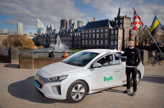 Het internationale taxiplatform Bolt komt na Amsterdam ook naar andere grote steden in Nederland. Den Haag is volgende week aan de beurt. Directeur Lars Speekenbrink heeft er, ondanks de coronacrisis, veel vertrouwen in.