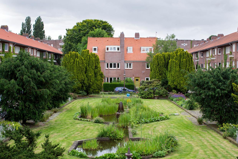 De Harmoniehof in Amsterdam-Zuid, die behoort tot woningvereniging 'Samenwerking'.  Beeld Hollandse Hoogte