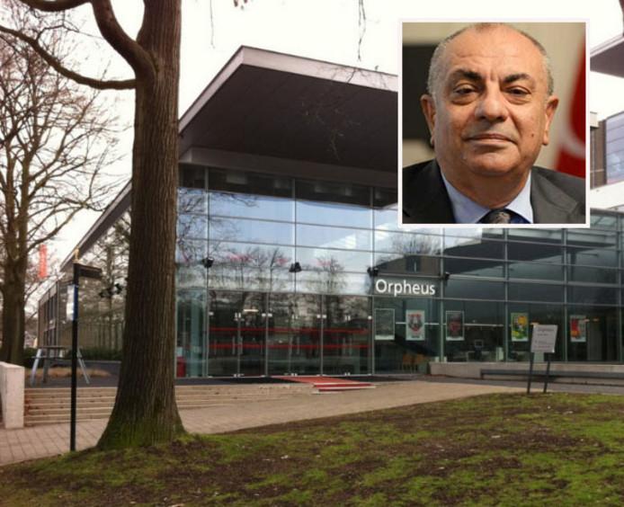 Theater Orpheus in Apeldoorn, waar de herdenking van de Turkse coup zal plaatsvinden. De Turkse vicepremier is echter niet welkom.