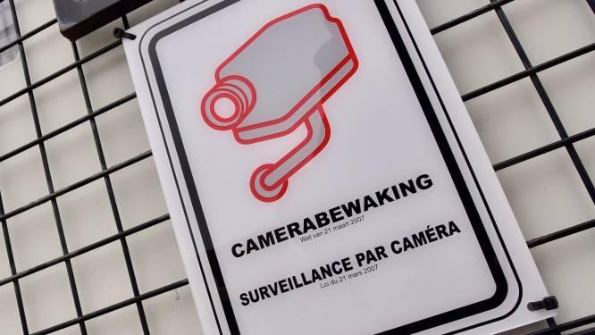 "Jabbeke verscherpt strijd tegen zwerfvuil: ""Mobiele camera, wijkstewards en bermadoptie"""