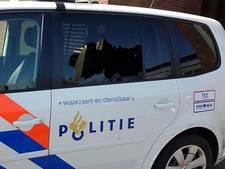 Ruit ingeslagen van politiewagen in Hasselt