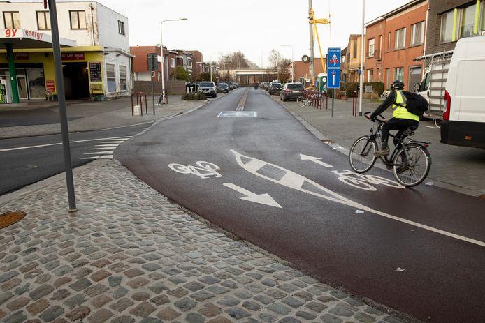 De fietsstraat Victor Heylenlei in het Antwerpse Boechout.