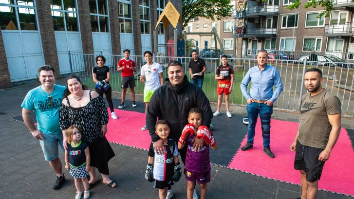 De kickboksschool van de Goudse Redouane is méér dan sport: 'Ik leer ze om wat van hun leven te maken'