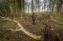 Werner Jan de Wilde op de plek waar straks een weidepoel wordt gegraven.