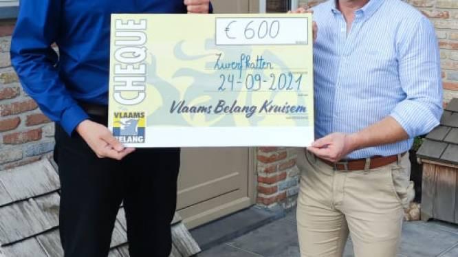 Pannenkoekenverkoop levert 600 euro op voor hulp aan zwerfkatten