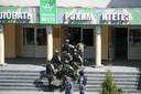 Veiligheidstroepen bestormen de school in Kazan.