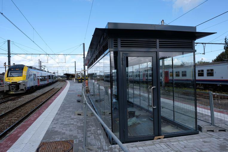 De eerste perrons in het station van Vilvoorde zijn nu helemaal vernieuwd.