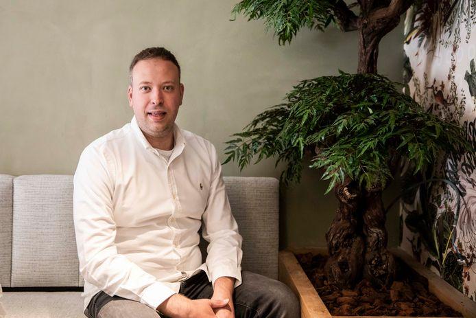 Uitbater Steffen Heusdens (28) laat brasserie 'De Klok' achter zich om Sint-Truiden te verrassen met een gloednieuw concept.