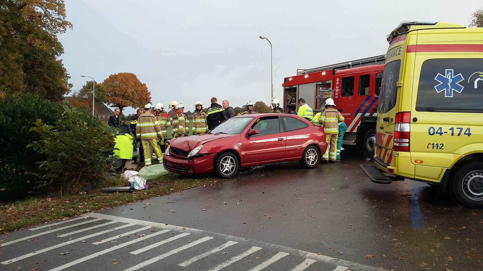 Het andere voertuig dat bij de aanrijding betrokken was. Foto: Benny Koerhuis