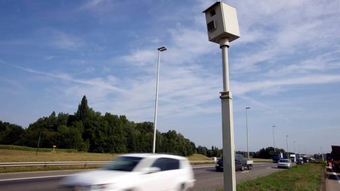 Vanaf nu nultolerantie op zeven plaatsen: minister Van Quickenborne kondigt testproject snelheidscontroles aan