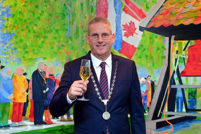 De gemeenteraad heeft burgemeester Ruud van den Belt aanbevolen voor een tweede termijn burgervaderschap.
