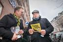 """Campagnes van de HSP zijn beperkt. ,,We doen het met folders"""", aldus Joris Wijsmuller (l)."""