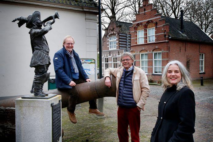 Aart Geurtsen, Herman Klop en Mariëtte van der Ven zien graag dat Altena een kunst- en cultuurcentrum krijgt.