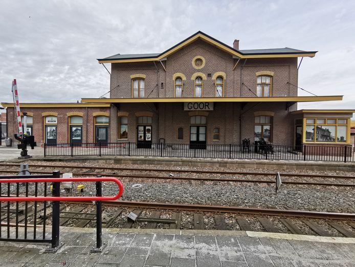 Station Goor in originele kleuren