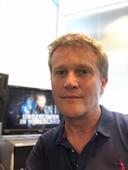 Alberto Stegeman op de redactie van zijn bedrijf Noordkaap TV, enkele jaren geleden.